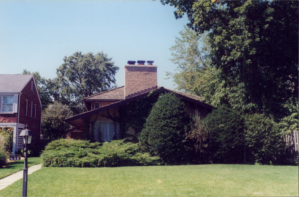 Evanston House on Sheridan Road, BEFORE