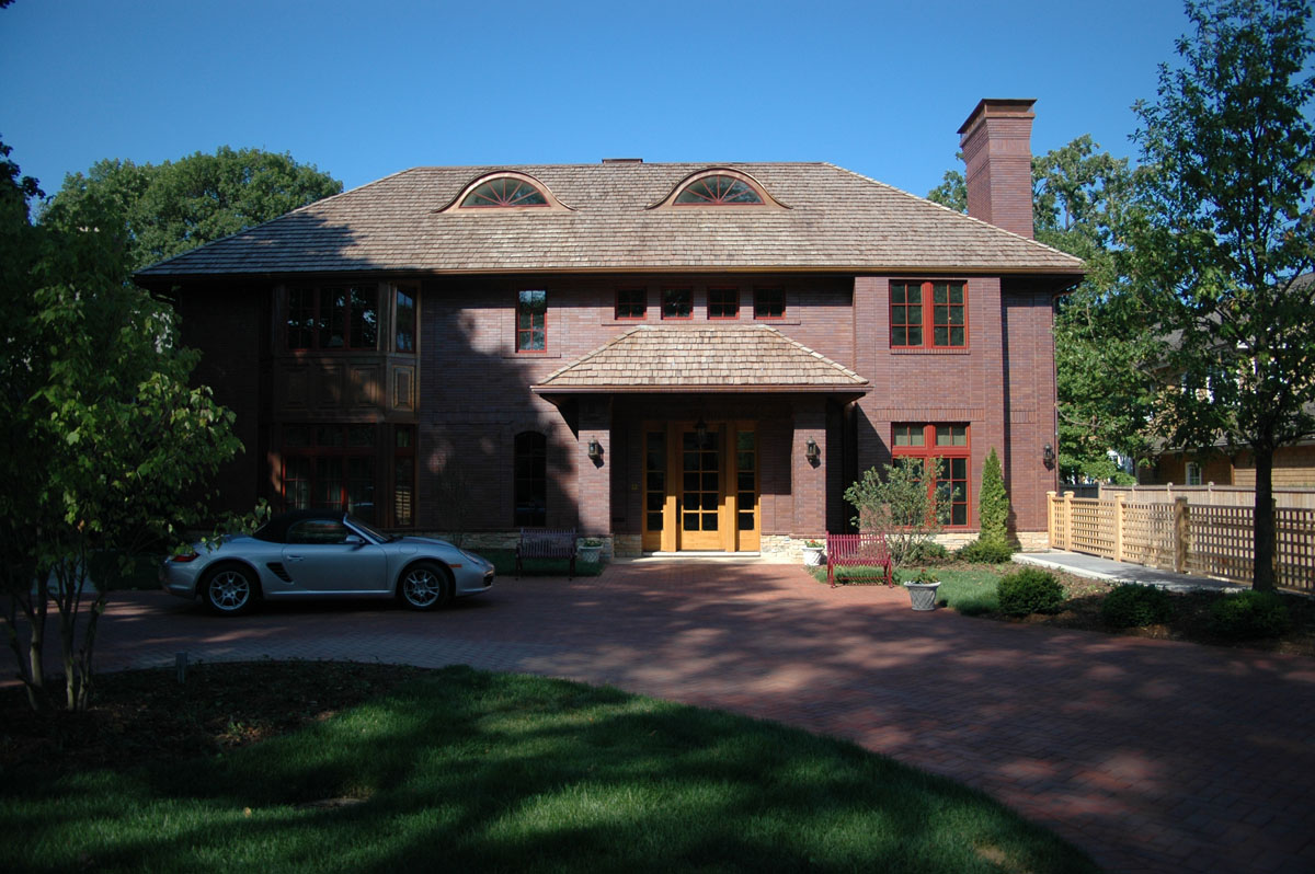 Winnetka House on Lake Michigan, front facade
