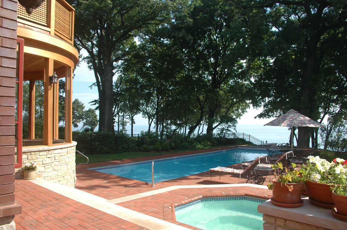 Winnetka House on Lake Michigan, pool and deck 2