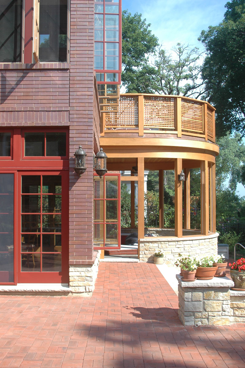 Winnetka House on Lake Michigan, screened porch